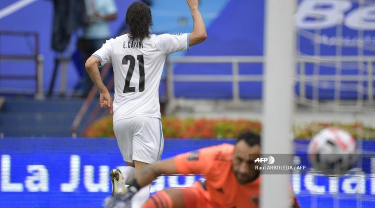 Édinson Cavani - Uruguay vs Colombia