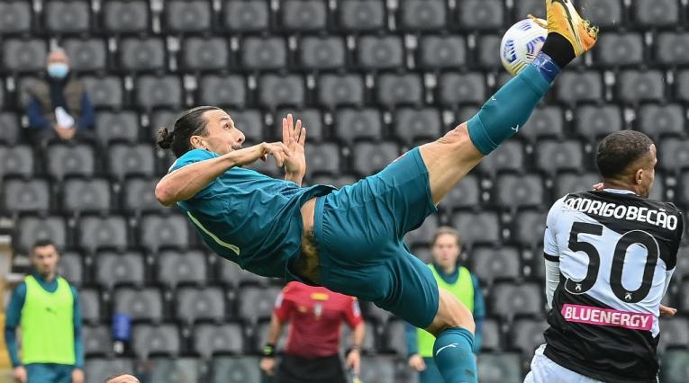 Zlatan Ibrahimovic, Milán vs Udinese