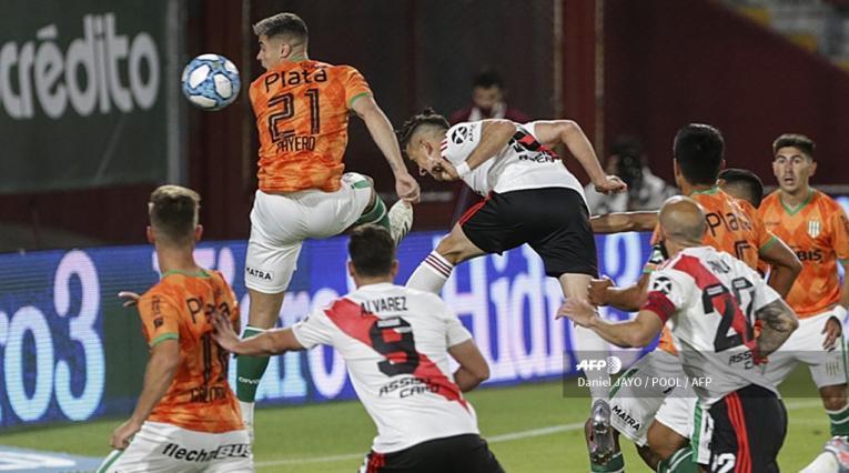 Santos Borré - River Plate