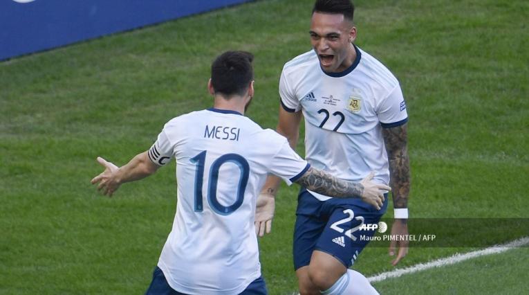 Lionel Messi y Lautaro Martínez