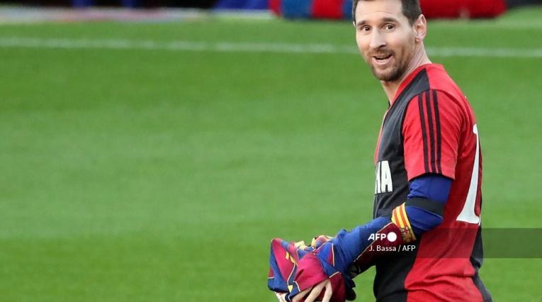 Lionel Messi - homenaje a Maradona