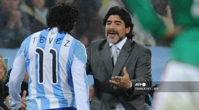 Carlos Tevez y Diego Maradona