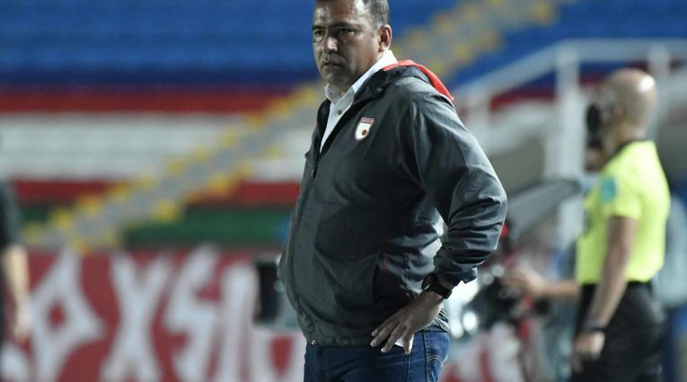 Hárold Rivera, técnico de Santa Fe