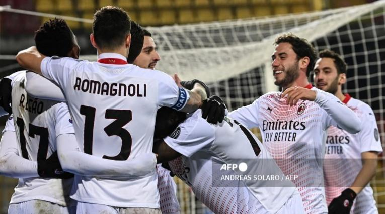 El AC Milan, puntero de Italia