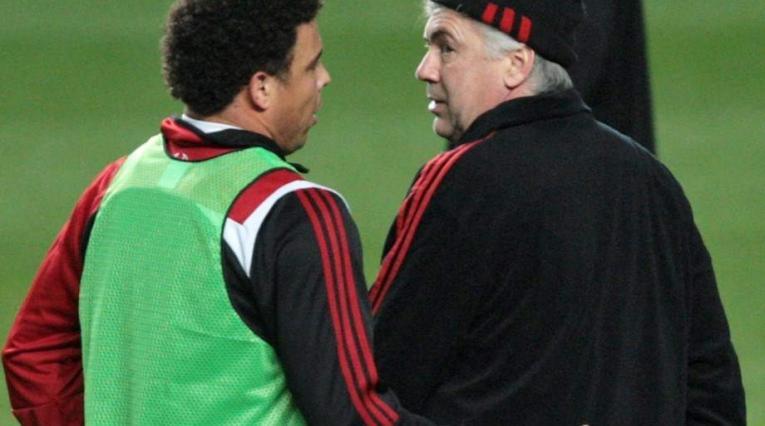 Ronaldo Nazario y Carlo Ancelotti
