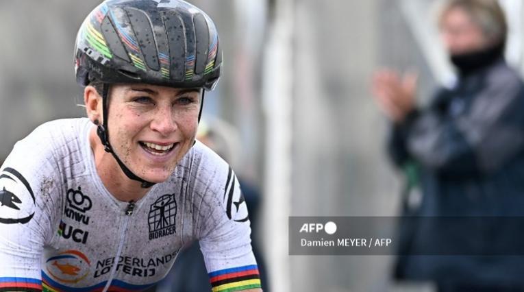 Annemiek Van Vleuten, ciclista del Movistar