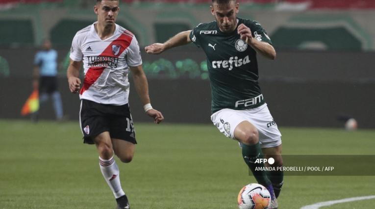 Rafael Santos Borré vs Palmeiras