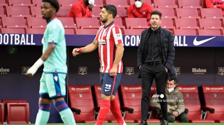 Diego Simeone y Luis Suárez