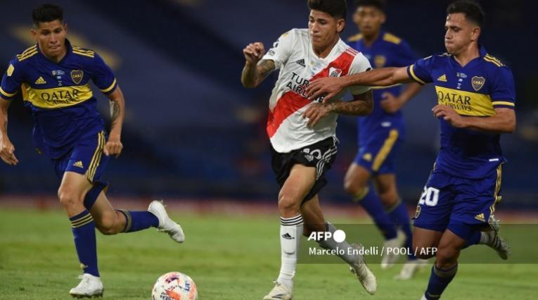 Boca Juniors vs River Plate - Superliga de Argentina