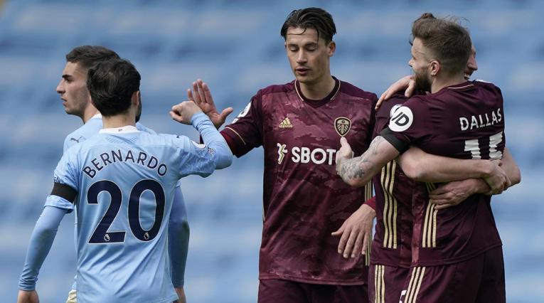 Leeds de Bielsa gana 2-1 al City de Guardiola