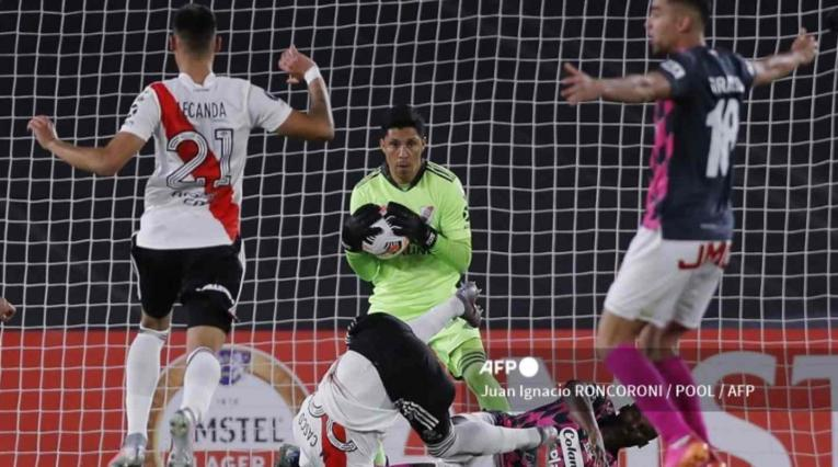 River Plate Vs. Santa Fe