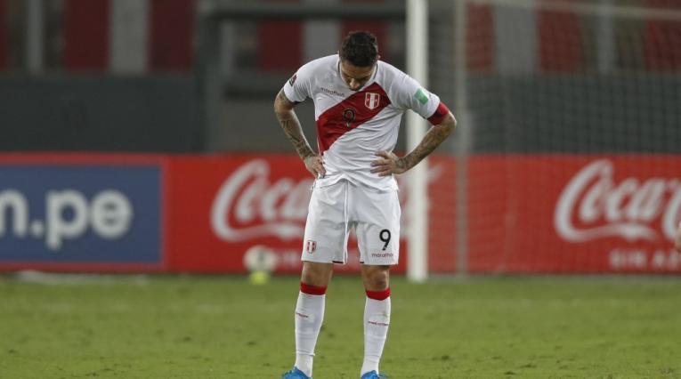 Paolo Guerrero, Perú