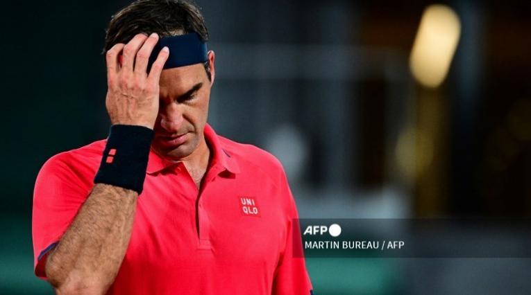 Roger Federer abandona Roland Garros
