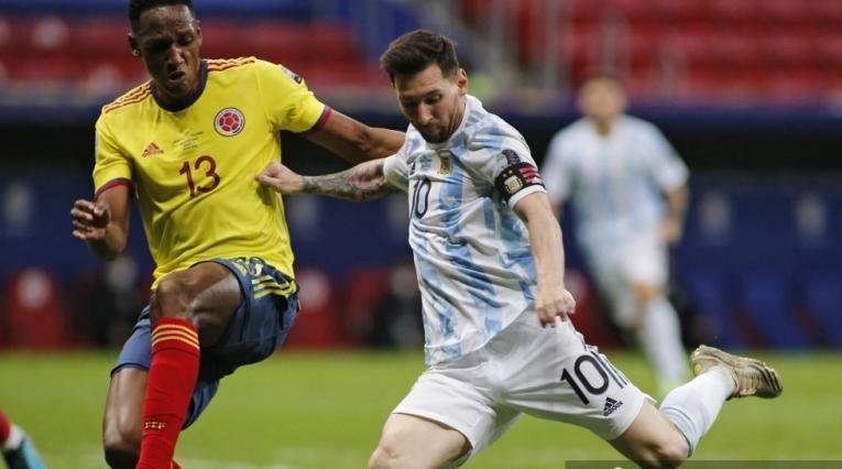 Yerry Mina y Lionel Messi - Copa América