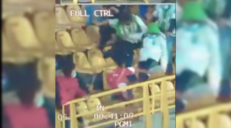 Captura de pantalla agresión de hinchada