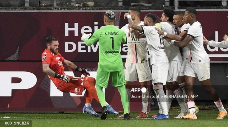 Neymar PSG vs Metz