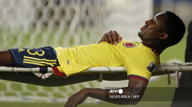Óscar Murillo, baja en Selección Colombia