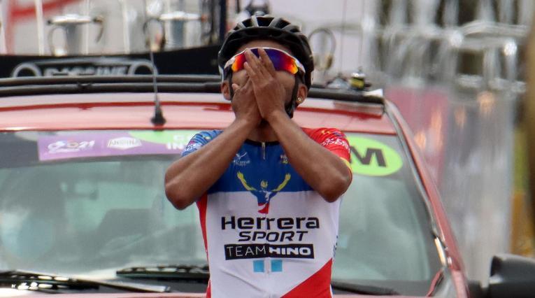 Duban Bobadilla, ganador etapa 4 Clásico RCN 2021