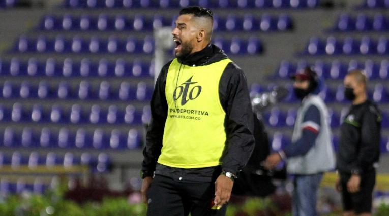 Alexis Márquez, entrenador de Pereira