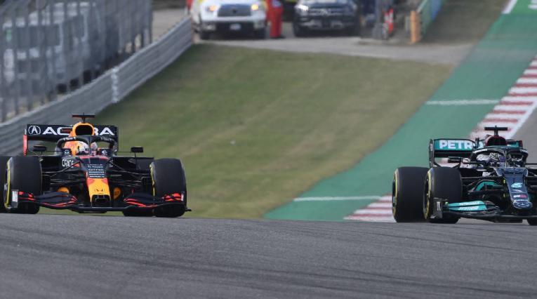 Hamilton y Verstappen