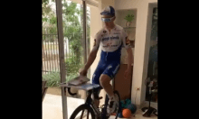Álvaro Hodeg, ciclista colombiano en cuarentena