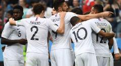 Francia celebra el primer gol ante Uruguay en los cuartos de final del Mundial de Rusia 2018