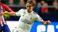 Luka Modric durante la final de la Supercopa de Eurocopa con el Real Madrid ganada por el Atlético