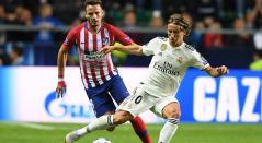 Saúl Níguez (Atlético de Madrid) y Luka Modric (Real Madrid)