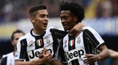 Paulo Dybala y Juan Guillermo Cuadrado, jugadores de la Juventus