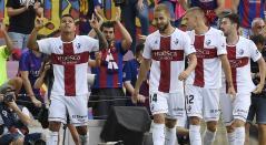 Juan Camilo 'Cucho' Hernández se sumó a la lista de colombianos que le han marcado al Barcelona