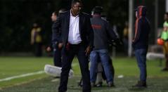 El técnico colombiano del Once Caldas Hubert Bodhert
