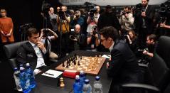 Magnus Carlsen - Campeón Mundial de Ajedrez