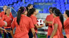Selección Colombia Femenina Sub-17 prepara su debut en el mundial ante Canadá