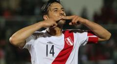 Claudio Pizarro, delantero peruano