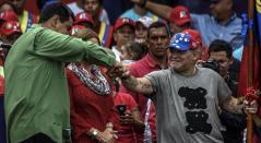 Diego Maradona y Nicolás Maduro