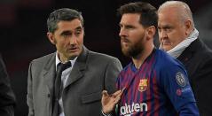 Ernesto Valverde y Lionel Messi durante un partido de la liga española