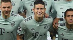 James Rodríguez jugó 87 minutos en el partido del Bayern ante Liverpool en la Champions League.