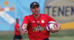 Alexis Mendoza, técnico colombiano