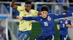 Duván Zapata ingresó en el segundo tiempo del partido de Colombia ante Japón