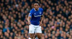 Yerry Mina volvió a la titular con el Everton en la Premier ante Chelsea.