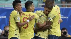 Selección Colombia festeja su gol ante Paraguay