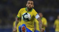 Dani Alves, lateral de Brasil