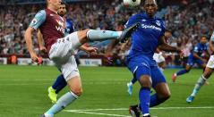 Yerry Mina, en el partido contra Aston Villa