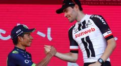 Nairo Quintana junto a Dumoulin en el Giro de Italia 2017