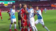 Pelea Junior vs América- final Liga Águila