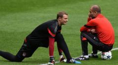Nauer y Pep Guardiola en el Bayern Múnich