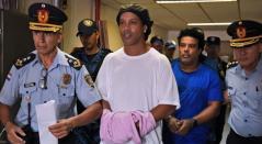 Ronaldinho en la cárcel