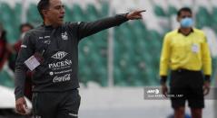 César Farías, técnico de la Selección Bolivia