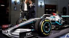 El director del equipo Mercedes AMG Petronas F1 Team, Toto Wolff y el presidente de Ineos, Jim Ratcliffe.