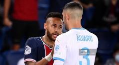 Neymar y Álvaro González